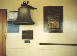 la cloche en bronze du Queen Mary 2